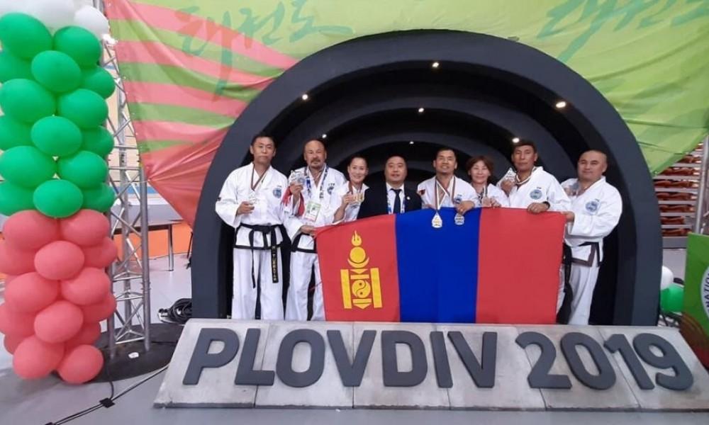 Монголд ОУ-ын таеквондогийн тулааны анхны дэлхий аварга төрлөө