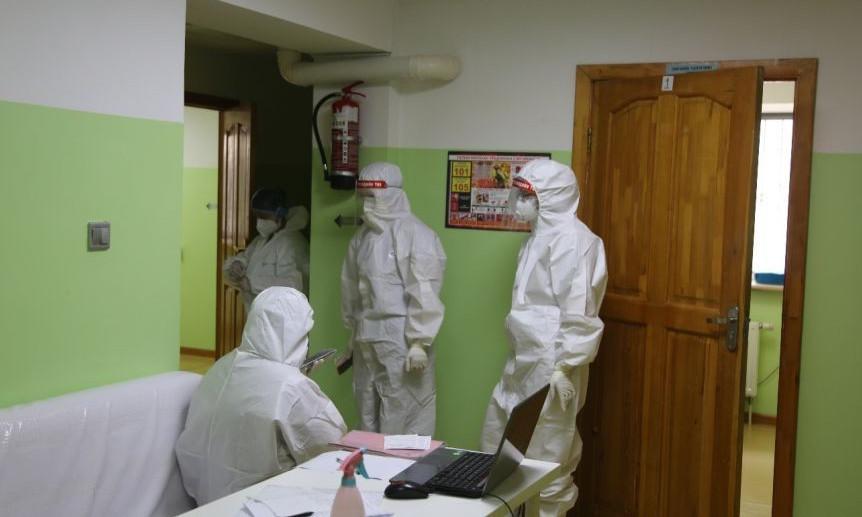 COVID-19: Халдварын эрсдэлтэй бүсэд ажиллаж байгаа алба хаагчдад өгөх зөвлөмж