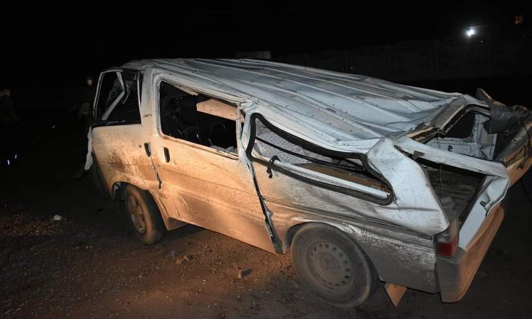 СЭРЭМЖЛҮҮЛЭГ: Насанд хүрээгүй хүүхдүүд автомашин жолоодож, осол гаргажээ