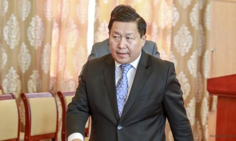 Хариуцлага хүлээж огцрох  хүн нь Монголбанкны ерөнхийлөгч Н.Баяртсайхан
